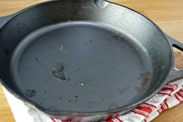 How To Clean Cast Iron Skillets