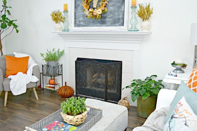 fall living room and mantel decor