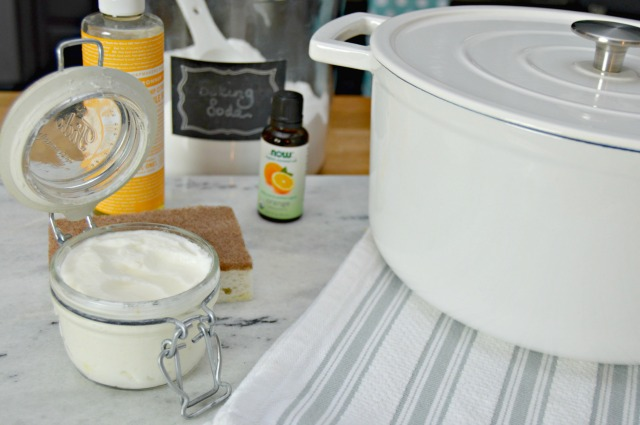 Homemade Pot and Pan Cleaner Paste - works great for cleaning burned on foods.