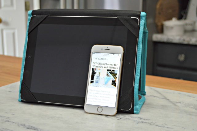 How To Clean Tablet Screens and Cell Phones Too