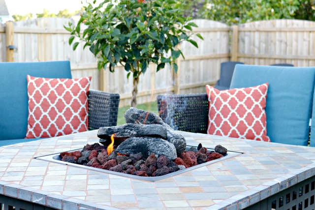 https://www.mom4real.com/wp-content/uploads/2017/06/fire-pit.jpg