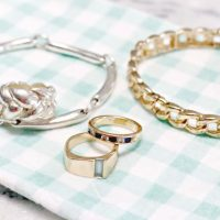 How to Clean Jewelry Naturally and Silverware Too