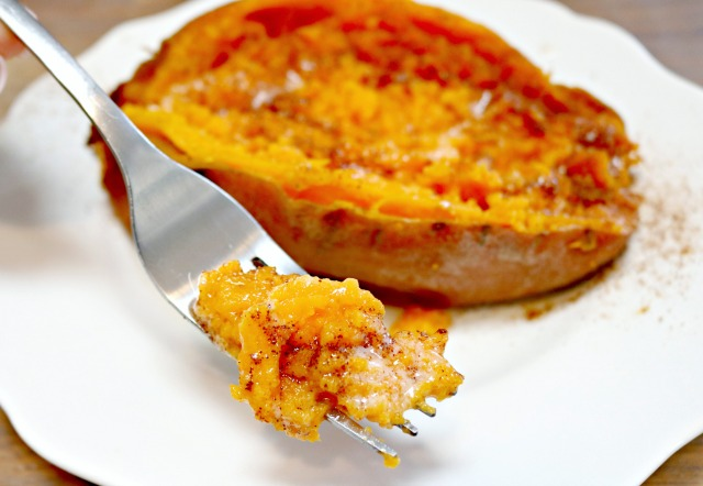sweet potato with butter an cinnamon