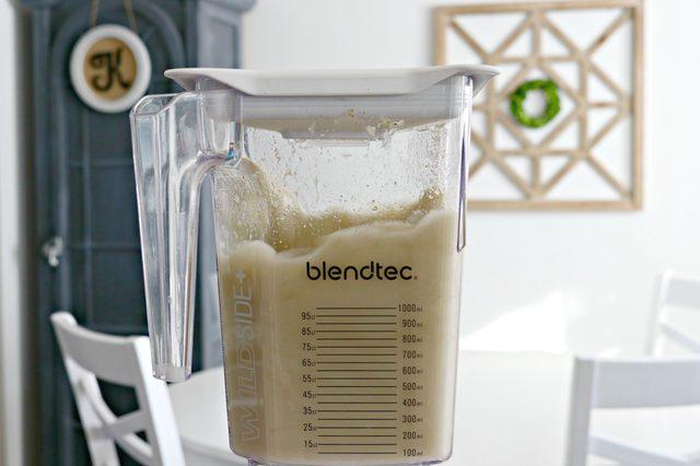 smoothie maker cleaner