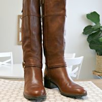How to Clean Leather Boots and Shoes Naturally