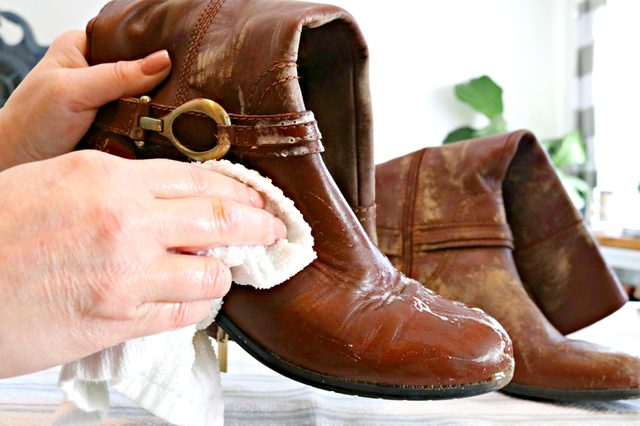 cleaning leather boots
