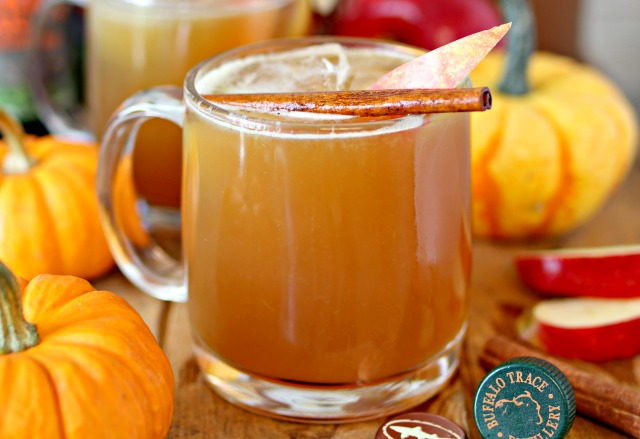 pumpkin-beer-bourbon-apple-cider-drink