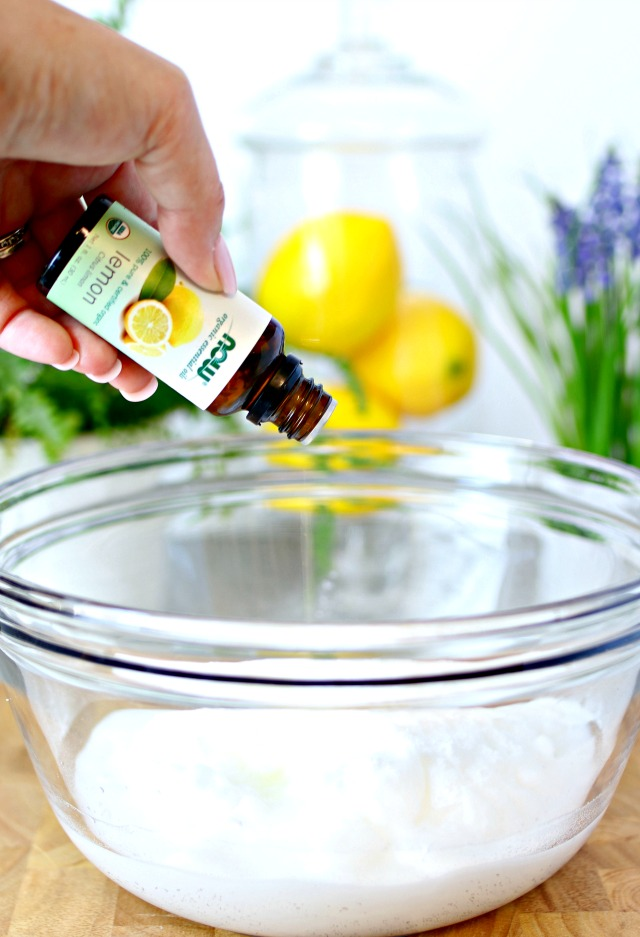 lemon-essential-oils-and-baking-soda-in-a-bowl