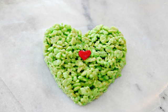Grinch Heart Rice Krispie Treats