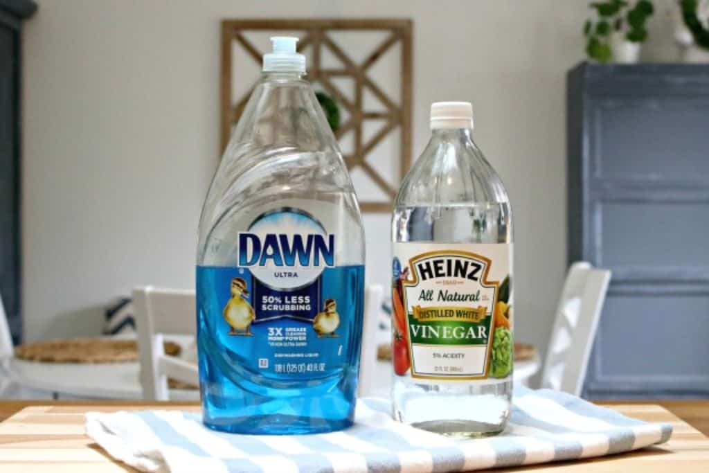 Dawn dish liquid and distilled white vinegar