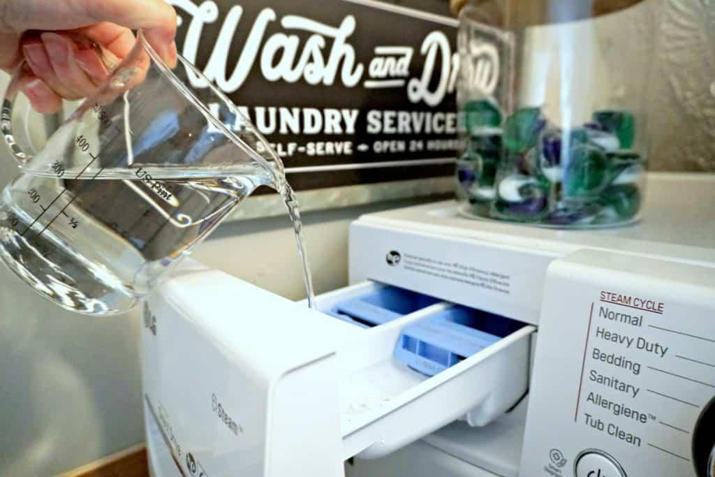 adding vinegar to front loading washing machine to clean